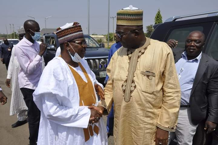 VICE CHANCELLOR APPEALS FOR STATE PROJECTS, AS GOVERNOR VISITS ON INSPECTION